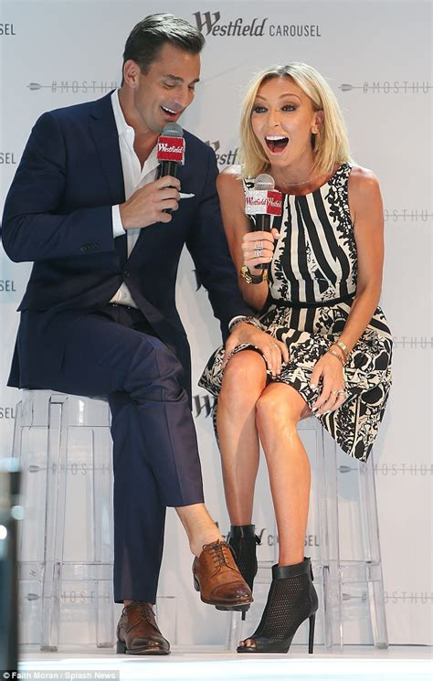 e channel should get rid of giuliana rancic giuliana rancic can t contain laughter hosting fashion