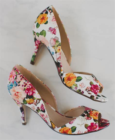 flower shoes with heels how to throw a floral bridal shower with modcloth green