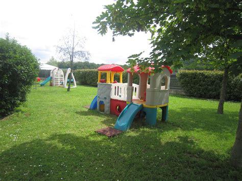 asilo il giardino segreto roma suicidio nel giardino di un asilo nido a roma blitz