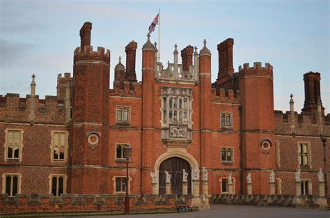 Hampton Court Palace Floor Plan by Inside Hampton Court Palace Related Keywords Inside