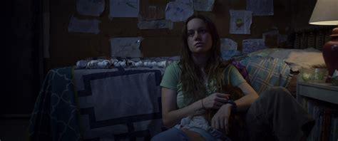 review film room adalah room 2015 film review dans media digest