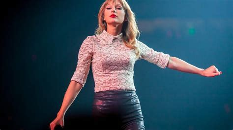 taylor swift tour charlotte taylor swift announces new dates for reputation tour