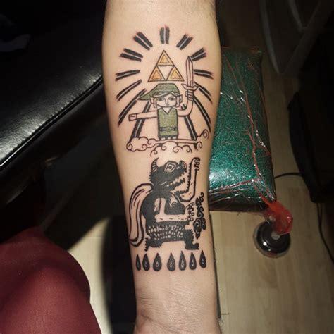 tattoo zelda a linoleum print of link and the triforce zelda tattoo