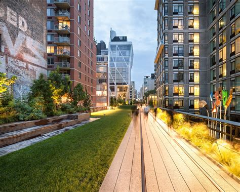 chelsea section of nyc close quarters on the high line nytimes com