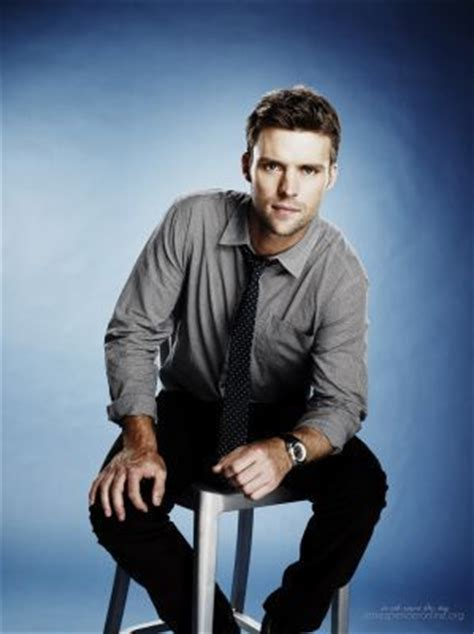 dr chase house photoshoot of jesse as dr robert chase in the seventh season of house jesse