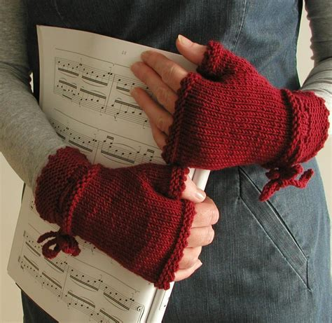 how to knit things together piano gloves by marsh craftsy