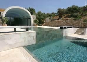 pool und gartengestaltung swimmingpool schwimmbecken im garten tipps planung
