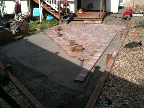 Patio Pavers Installation How To Lay Patio Pavers Patio Paver Patio Installation