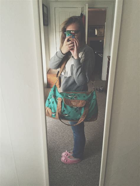 Wnew Maribel Harder Polyster Hardware Gold Bird A Duffle Bag