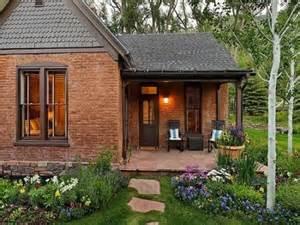 best 25 brick cottage ideas on white brick
