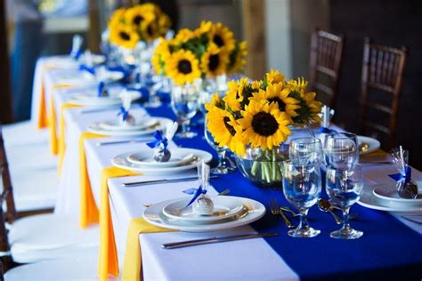 sunflowers and blue wedding sunflowers and blue table