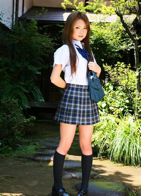 girl masturbates in school bathroom cutie japanese school girl marimi natsuzaki posing outdoors