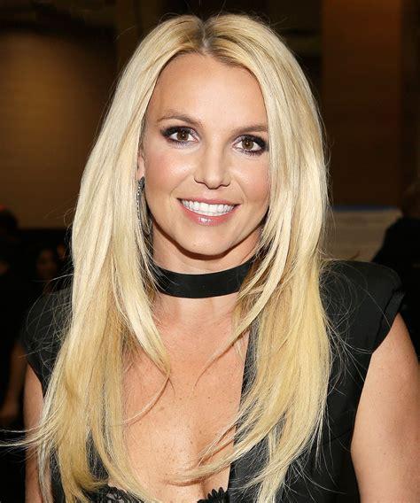 Winter Olympics: Britney Spears Cheers on Gus Kenworthy ... Britney Spears