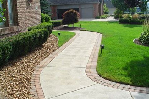 Landscape Edging By Sidewalks 19 Diy Garden Path Ideas With Tutorials Balcony Garden Web