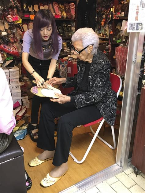 Handmade Shoes Hong Kong - iris apfel on style take a chance why look like