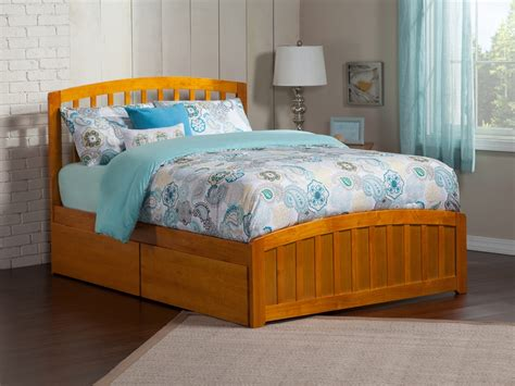 Matching Beds by Richmond Platform Bed With Matching Footboard Caramel Latte