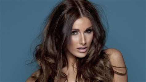 lucy photo lucy pinder wallpapers images photos pictures backgrounds