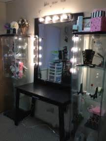 Bedroom Vanity With Mirror And Lights Bedroom Attractive Diy Designed Bedroom Vanity Mirror With