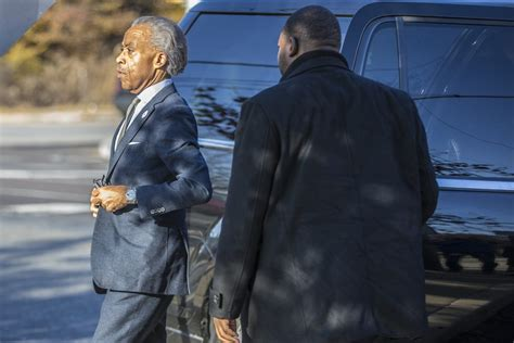 Al Sharpton Criminal Record Rev Al Sharpton Visits Philadelphia Prisoner Rapper Meek Mill Tech2