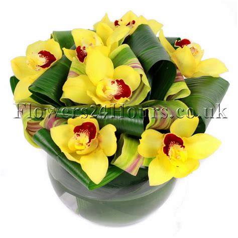 Order Flowers For Delivery by Uk Flowers Delivery Company Flowers24hours Arranges This