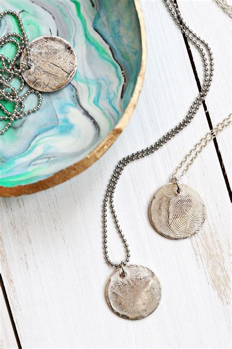 how to make metal clay jewelry make real silver jewelry with metal clay a beautiful mess