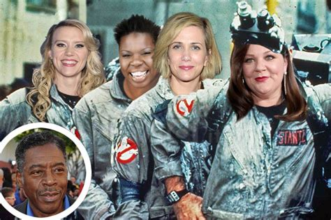 ghostbusters film 2015 ernie hudson changes tune on all girl ghostbusters cast