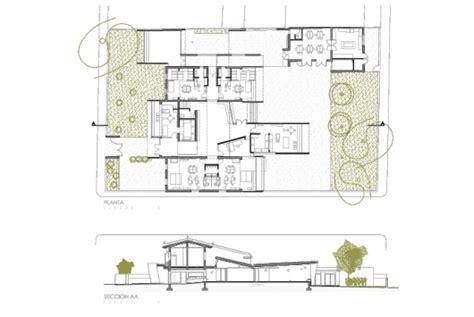 Bébé Plan Incliné by Escola Em Ferriol Duch Piza Arquitectos Archdaily
