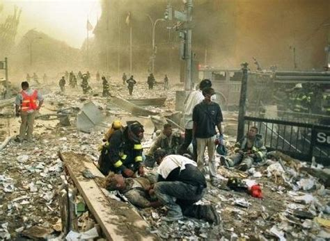 imagenes fuertes atentado torres gemelas fotos de las torres gemelas destruidas 13