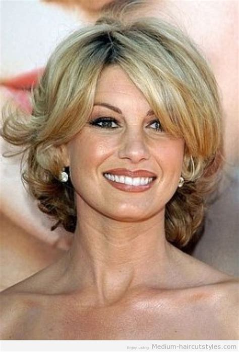 3 hairstyles for the over 50 women fine hair medium hairstyles for women over 50 with fine hair 3