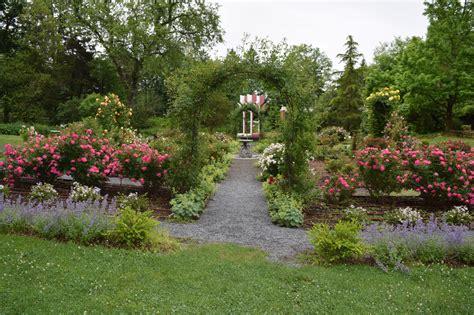 Clark Botanical Gardens Clark Botanic Unveils New Garden The Island Now