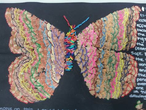 Vazo Dres butterfly made from pencil shavings