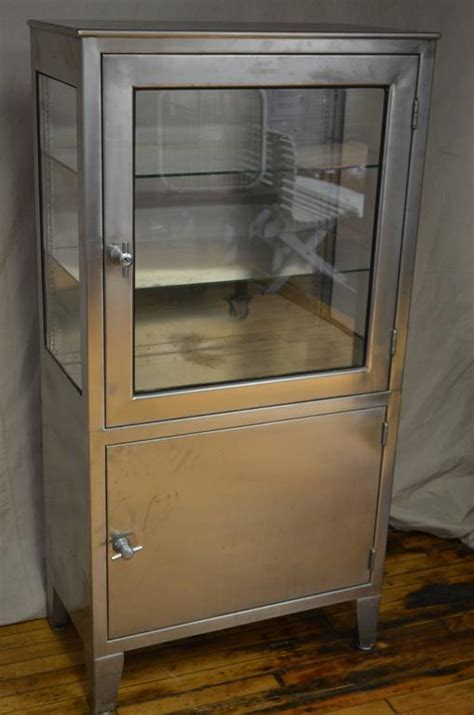 Medical Dental Lab Cabinet of Stainless Steel and Glass
