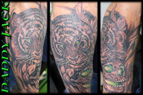 tattoo body art studio soul sucking tiger by daddy jack tattoonow