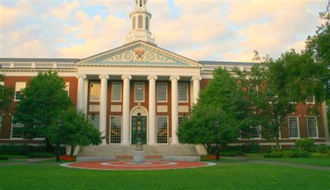 American Harvard Mba Gmatclub by The 10 Top Us Business Schools According To International