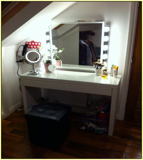 lighted vanity table with mirror and bench dressing table with mirror and lights www pixshark com