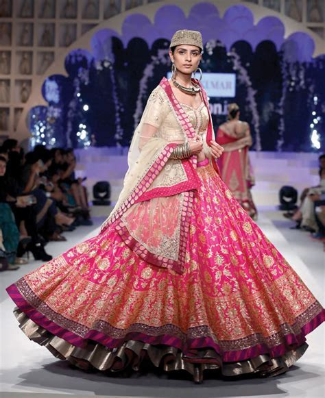 Top Indian Designer Bridal Wedding Lehengas & Gowns 2019