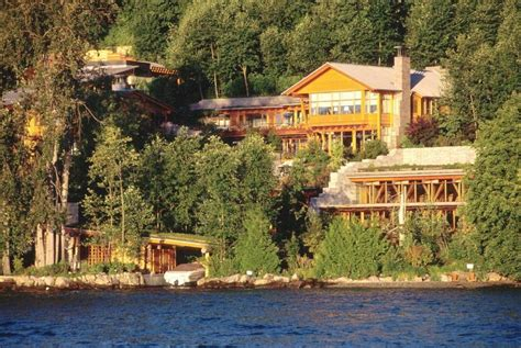 pin bill gates house on lake washington on