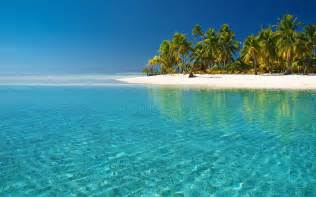 Crystal clear beach wallpapers pictures photos images