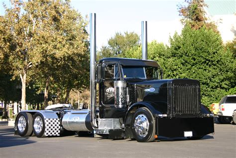 truck shows in california 10 4 magazine for today s trucker