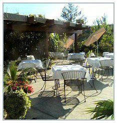 1000 images about restaurants on patio dining