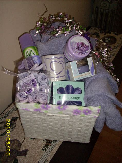bridal shower basket bathroom themed diy gift idea s