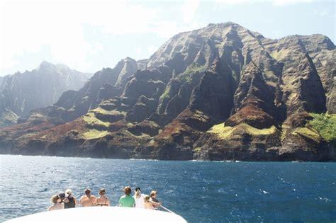 kauai private boat tours private boat charters for kauai wedding parties the