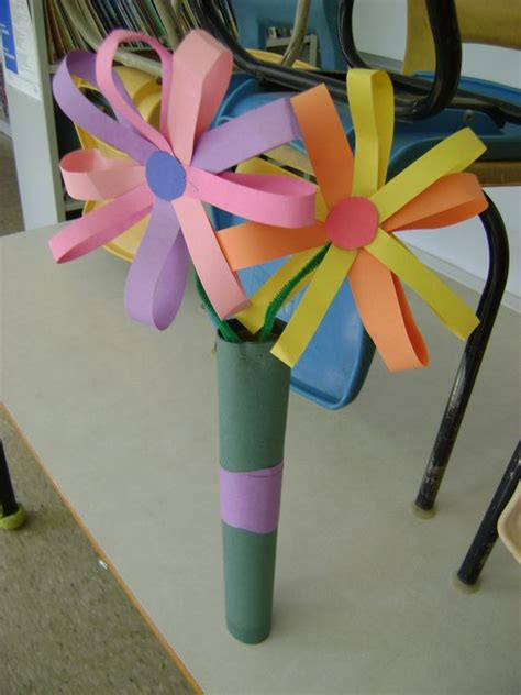 How To Make Construction Paper Roses - construction paper flower bouquet s day