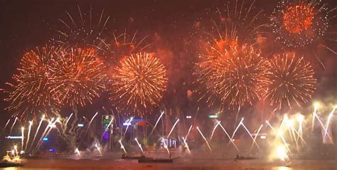 new year fireworks hong kong time spectacular new year s firework displays from around