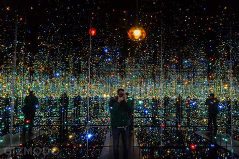 infinity room yayoi kusama explore the extraordinary glittering infinity rooms of