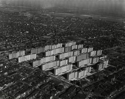 St Louis Housing by Ad Classics Ville Radieuse Le Corbusier Archdaily