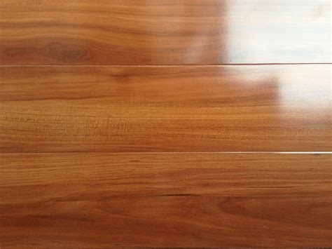 Preference Brushbox Laminate   Mint Floor   Floors