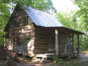 cabin style houses cabins on tiny houses small cabins and