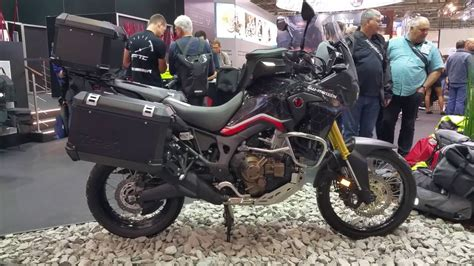 Sw Colors by Honda Africa Twin Crf1000l 2017 Sw Motech Travelbike Youtube
