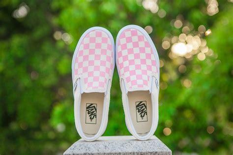 light pink low top vans vans skool suede canvas shoes in white light pink